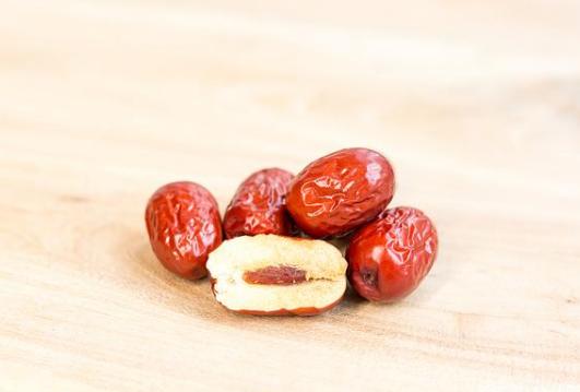 红枣的营养价值十分丰富,可怎么吃才好呢?