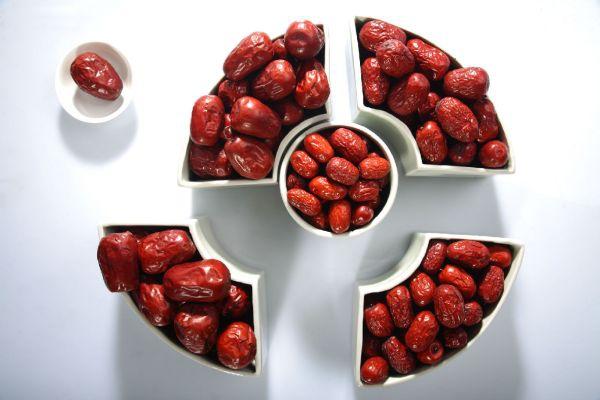 干红枣与蒸熟的红枣有何区别